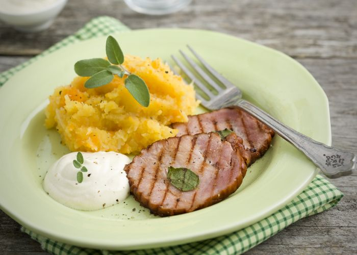 Rotmos med kassler och senapsyoghurt | MåBra - Nyttiga recept