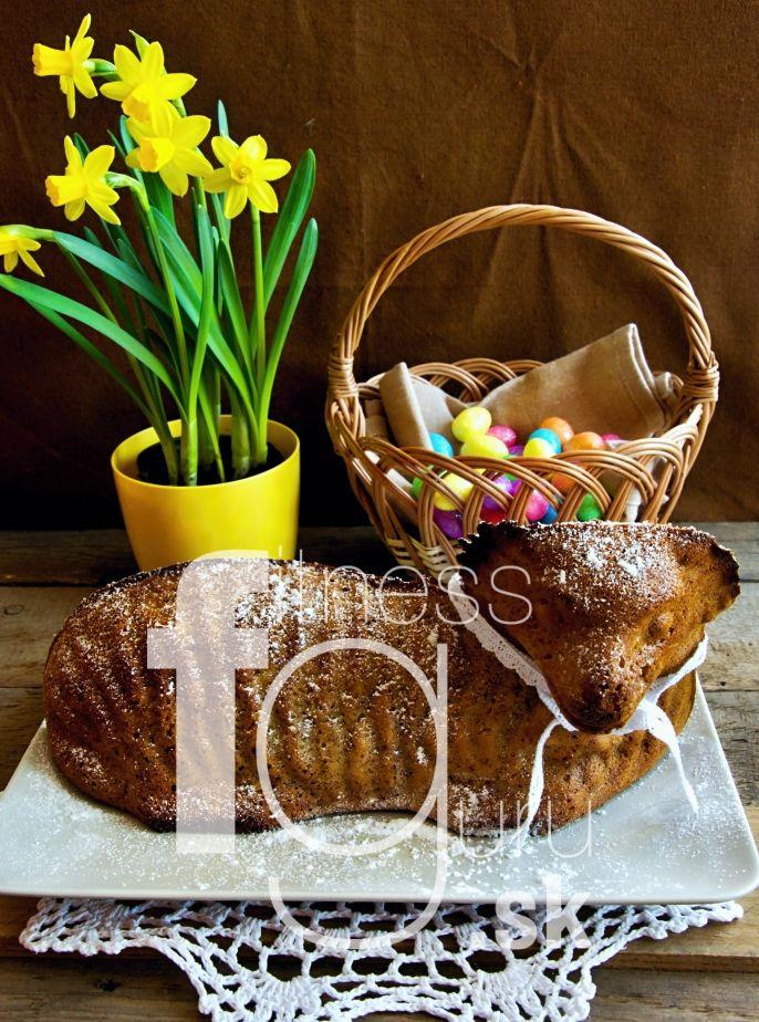 Velikonoční beránek (s mrkví a jablkem)