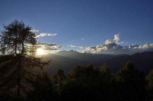 Seize the time! #sunset or #sunrise? #oasizegna #bielmonte #biella #piemonte #italy