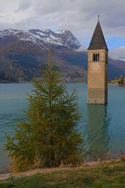 Reschensee, Trentino-Alto Adige, Italy