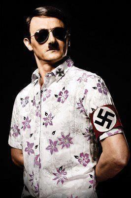 Hitler est aussi en vacance.( quoi que )