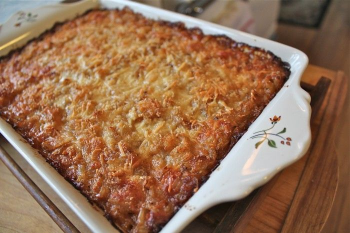 Caramelized onion casserole . . . yum . . .: Recipes Casseroles, Carmel Onions, Caramel Sauce Recipes, Caramel Onions, Onions Puddings Ribs, Branches Onions, Susan Branches, Onions Puddings Scrol, Onions Casseroles