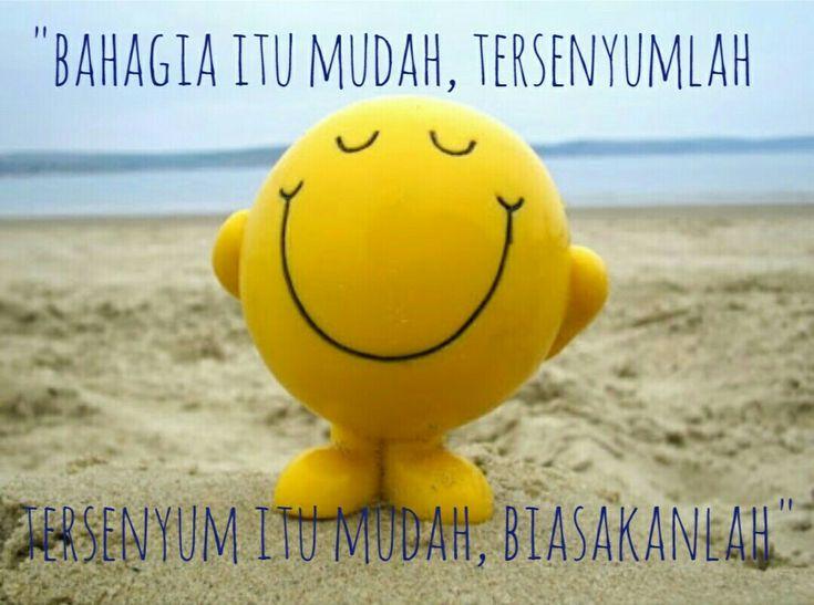 Asal jangan senyum2 sendirian. 😀😁😀😁😀😁