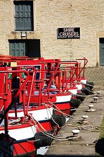 1000+ ideas about Narrowboat Hire on Pinterest | Used Boat For ...