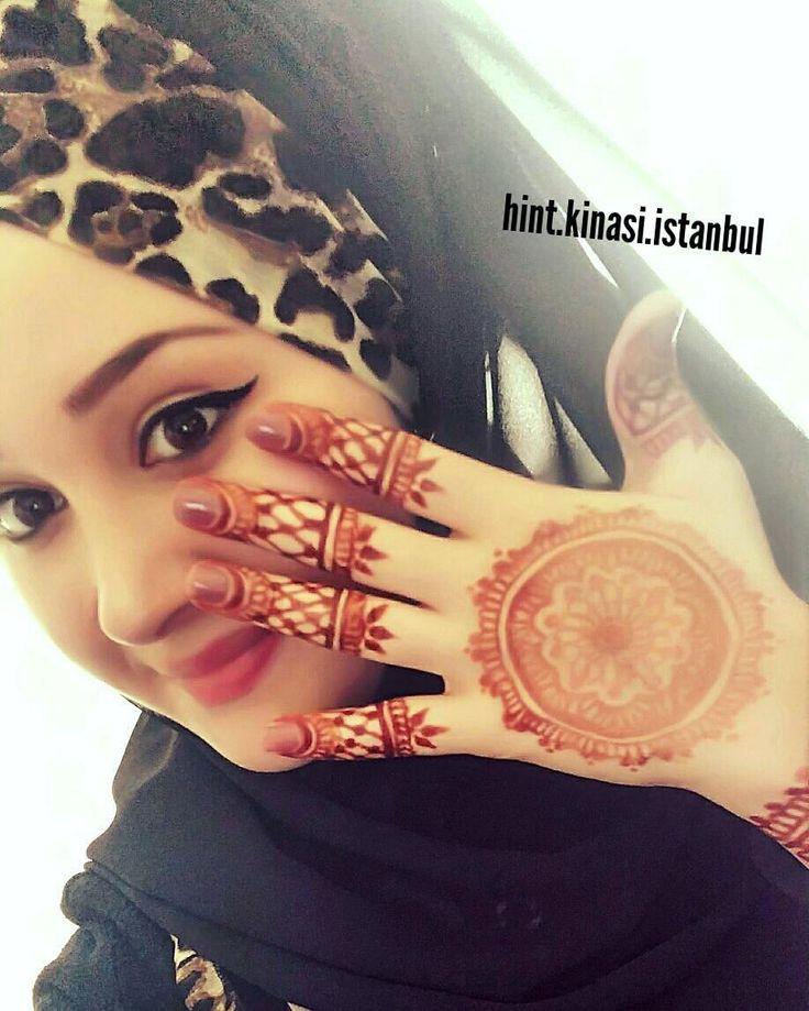 Bone şal @hurrem_saldunyasi_  Den. Hint kınası benden  Bilgi ve rezervasyon için DM  #henna #hennaalem #hennaart #hennatattoo #hennadesigne #love #designe #hindistan #pakistan #mehndi #designe #arabic #tattoo #bollywood#kına #fashion #kınagecesi #kınaorganizasyon #hint #hintfan #hintkinasi #hintkınacısı #istanbul #tattoo #geçicidövme #hennanight #bridalhenna #beauty #hands #fingers #body #makeup