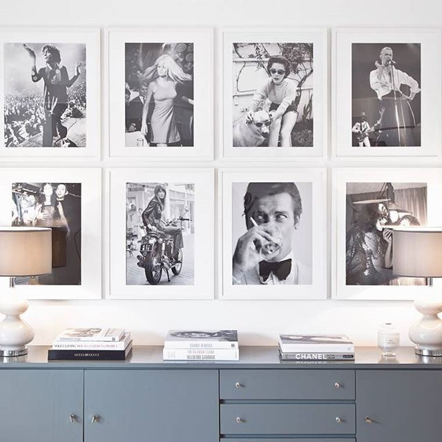 Brigitte Bardot, Natalie Wood, Ace Freshly of Kiss, Mister Bond and many more are decorating my wall at home! If you also want to live with these icons, check out our Sale on Westwing.de!  @soniceditions #westwingsales #soniceditions #gallerywall