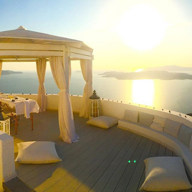 """The best view from a massage table I've ever seen! ‪#‎Santorini‬.""  Happy guest lee_fly at Instagram was pampered with a ‪#‎massage‬ session above the ‪#‎sea‬ and we're saving a spot for you, too!"
