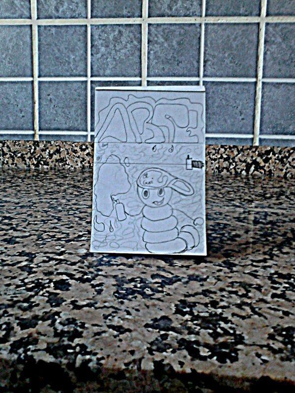 Tarea de Dibujo vs Cámara. El gusano grafitero.