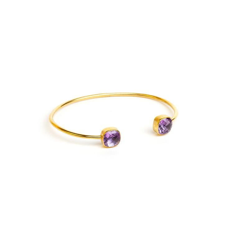 The Purple bracelet €185  Cahana is about welcoming warm and positive energy in your life.  Purple - amethyst brqcelet € 185  Cahana Jewelry is designed to hold your affirmation, but also to support your wishes with precious and beautiful tokens and crystals, each carrying a special value and force.