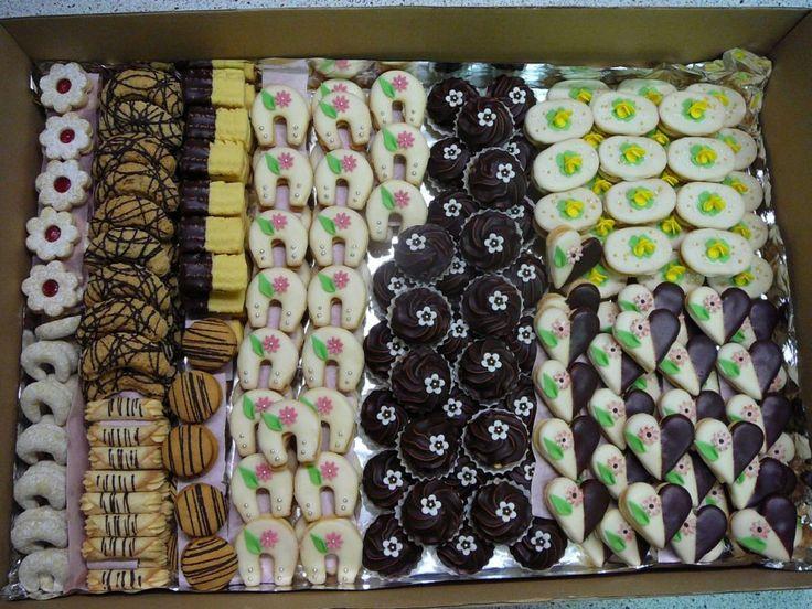 INSPIRACE - tvary a barvy drobného cukroví