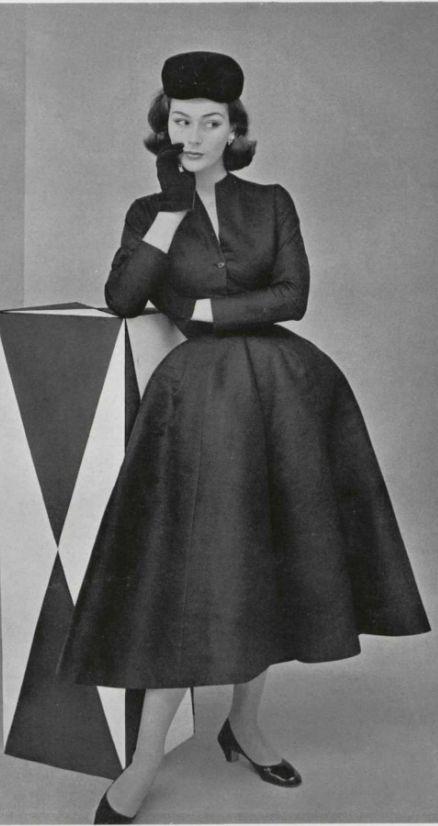 1952 Christian Dior: