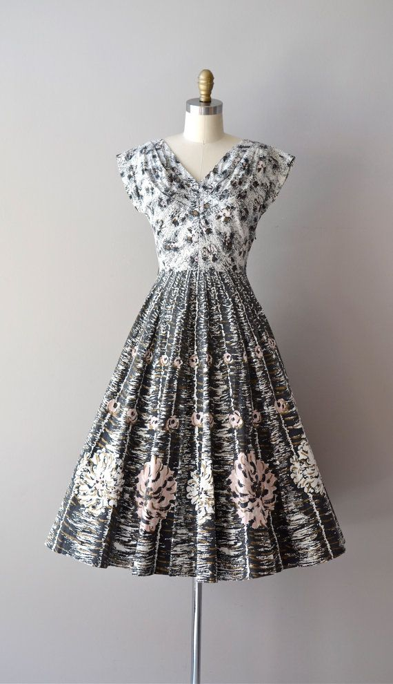 vintage 1950s moonage dream dress.