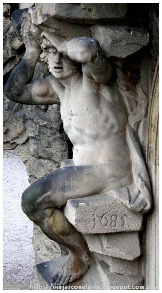 Esfuerzo titánico. Escalera monumental del Palacio Troja de Praga