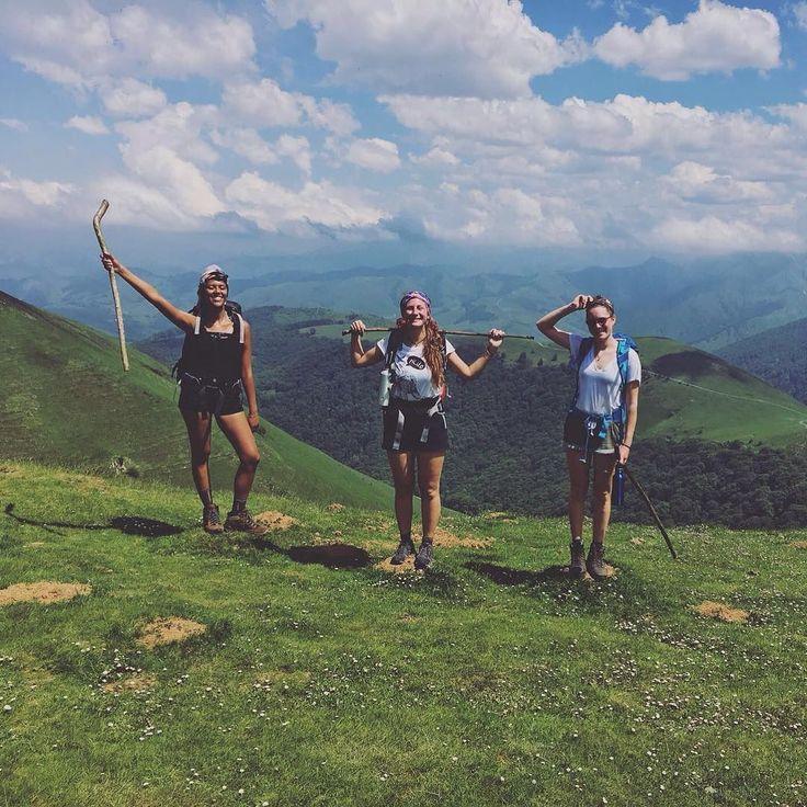 Gister trotseerden wij de bergen van el Camino de Compostela. by linnanne93