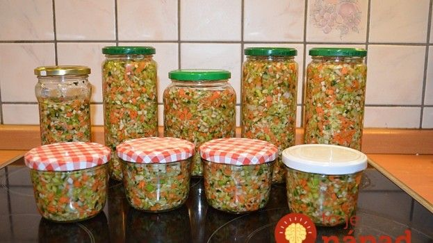 Už žiadne bujóny, ani umelé dochucovadlá: Urobte si solenú zeleninu do vývarov, polievok a omáčok, za 30 minút zásoby na celý rok!