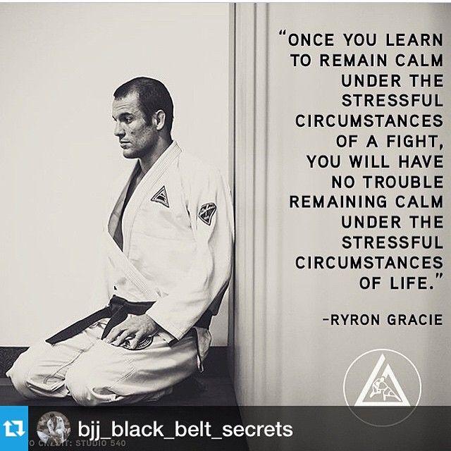 "Martial arts quotes @bjj_black_belt_secrets ・・・ #jiujitsu #bjj #bjjblackbelt #technique #bjjtechnique #grappling #artesuave #bjjsecrets #bjjsecrettechnique…"""