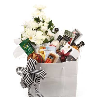 25 best ideas about corporate gift baskets on pinterest. Black Bedroom Furniture Sets. Home Design Ideas