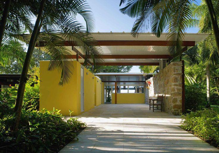 House in Preta Beach by Nitsche Arquitetos Associados (9)