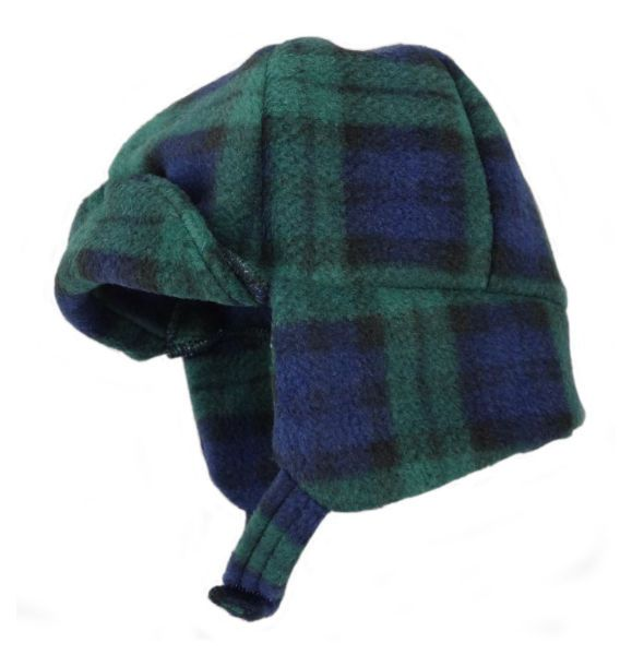 Soft fleece hat with fastening strap and ear protection.  Available in Black Watch and Royal Stewart tartans and sizes 12-18m and 2-3yrs.