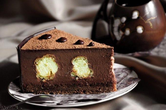 Торт шоколадный мусс с профитролями