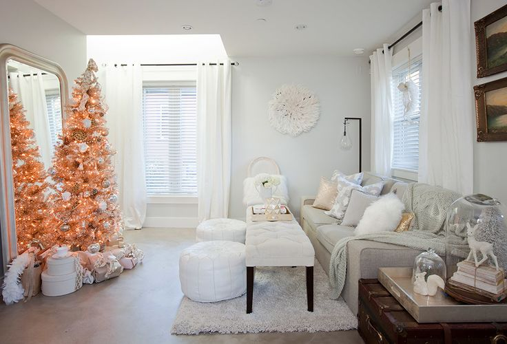 Christmas Tree - white with orange lights. I want. ~ PR