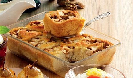 Varme æblesnegle med vaniljecremesauce