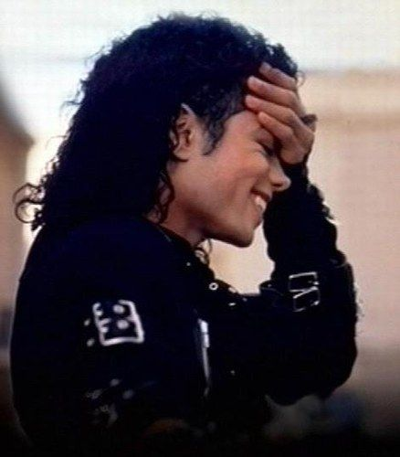 Michael Jackson, this picture is priceless. I love it. I could just look at it all day. I love you Michael!!!!!