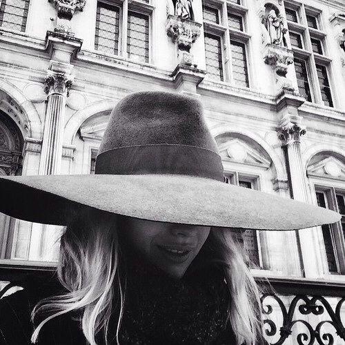 Black and white #fashion #style #hat // November
