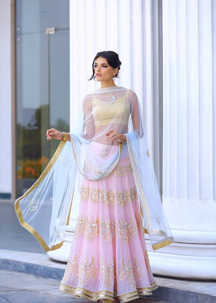 Harshita Chatterjee-Deshpande Pale Pink Chandbali Embroidered #Lehenga.