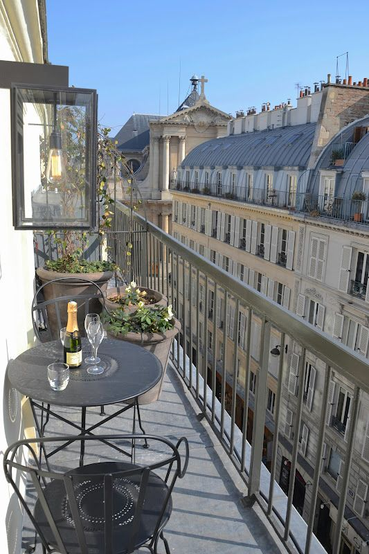 Balcon Parisien !