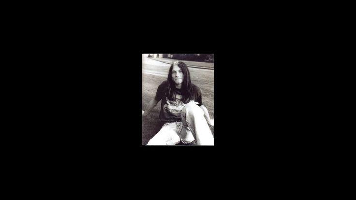 [Wikipedia] Kurt Cobain Memorial Park https://youtu.be/0daKUL2A-_A