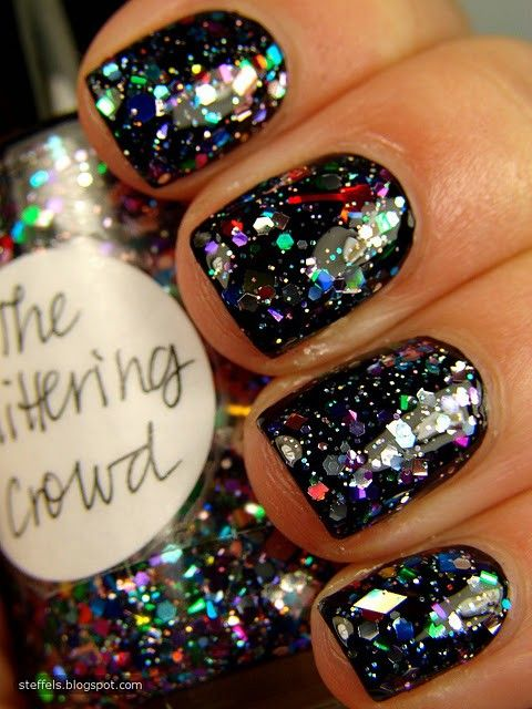 Awesome glitter nailsRainbows Connection, Black Nails, Glitter Nails, Parties Nails, Nails Polish, Black Glitter, New Years Eve, Sparkly Nails, The Holiday