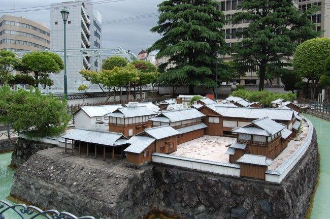 En pleno Nagasaki hay una pequeña isla llamada Dejima.