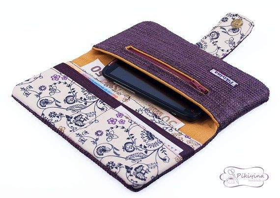 Cartera Billetera Plum Delicious / Billetera mujer / Women´s long wallet Plum Delicious  / Billetera por PikiyinaFieltro, €24.50                                                                                                                                                     Más