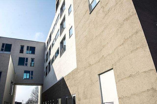 Lige om lidt: Nye facader på Sundhedshuset