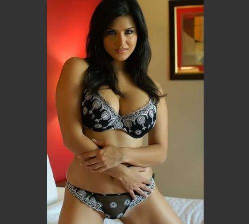Sunny Leone in a fashionable bra