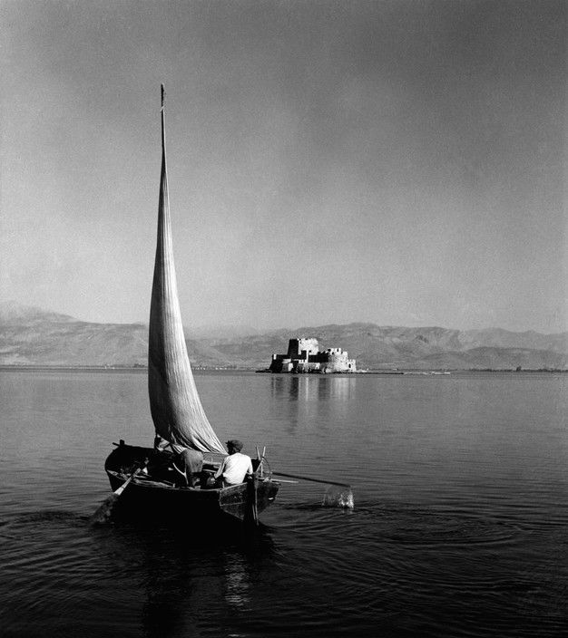 Herbert List. GREECE. Peloponnese. Bourtzi Island, off Nauplia. Fishing boat. 1936. Magnum Photos -