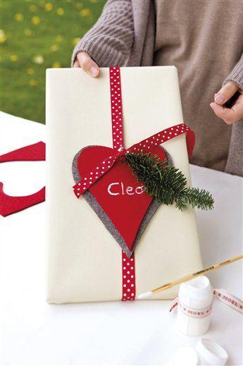 Envuelve regalos con mucho corazón · ElMueble.com · Navidad: