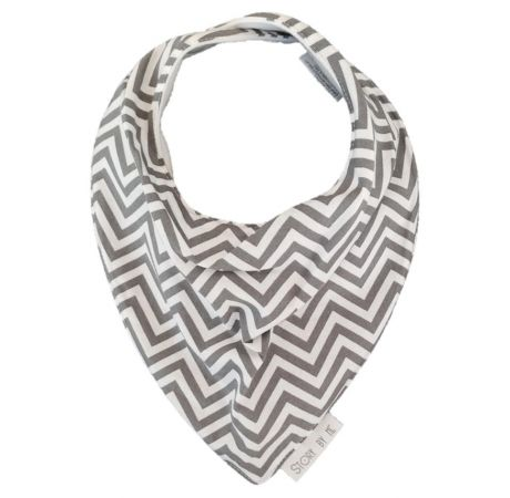 Fun and quirky Chevron Grey bib by Story By Me!   Designed for dribbles, feeding and fun this gorgeous bib makes a stylish and practical baby shower gift!