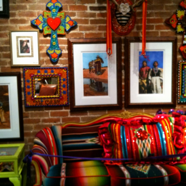 17 best images about inspiration for an eclectic creative for Mexican inspired living room ideas