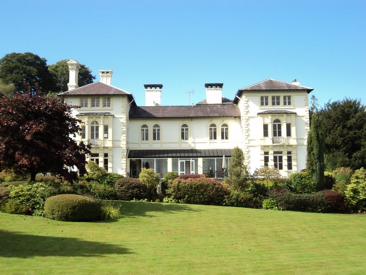Elegant Four Star Country House In The Rolling Mid Wales Countryside With Welcome Prosecco And Dinner Offers Available
