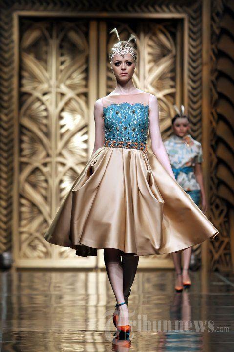 Fashion Show Karya Sebastian Gunawan, Foto 23 - Tribun Images  Love it...