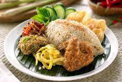 Nasi Ulam Khas Betawi Komplit (Betawi traditional rice)