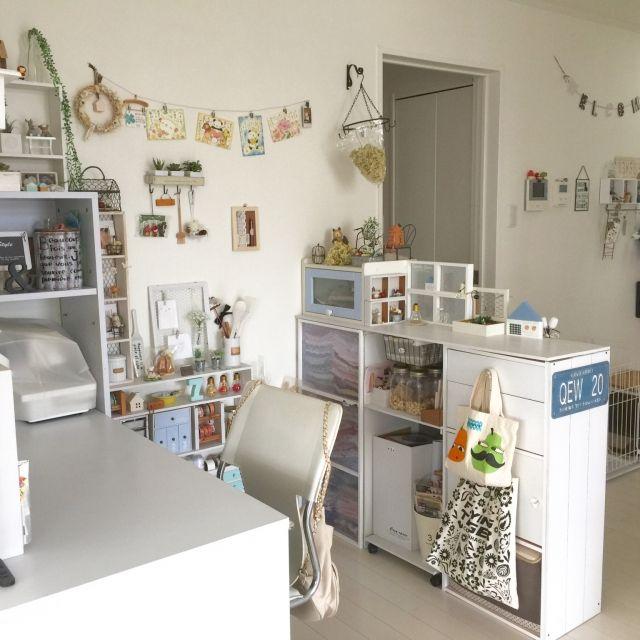 moeさんの、机,カラーボックス,雑貨,100均,DIY,セリア,ナンバープレート,のお部屋写真