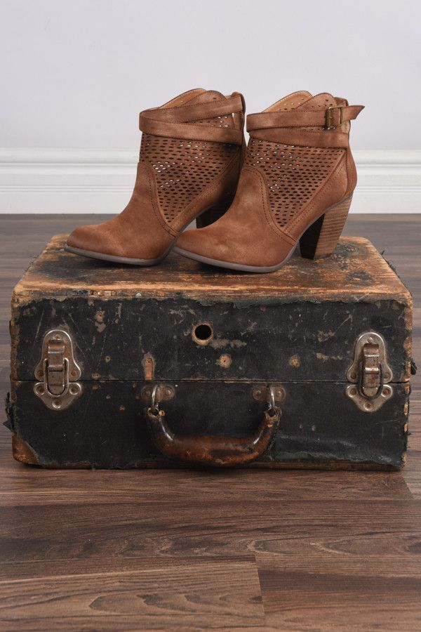 Macy Booties ~ Tan – The Pulse Boutique