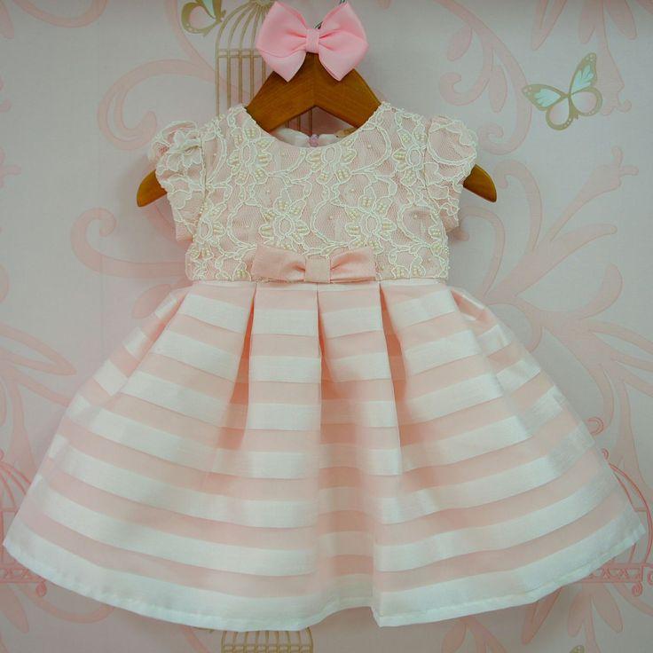 Vestido de Bebê Rosa Bordado Busto Petit Cherie