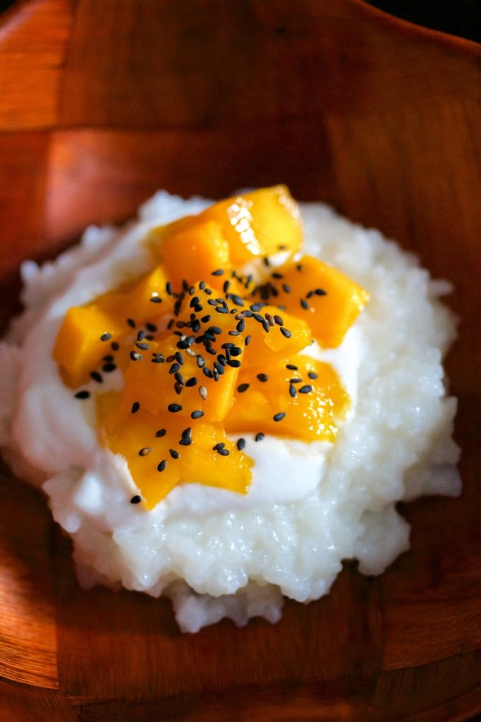 Sticky Rice with Mango & Coconut Sauce