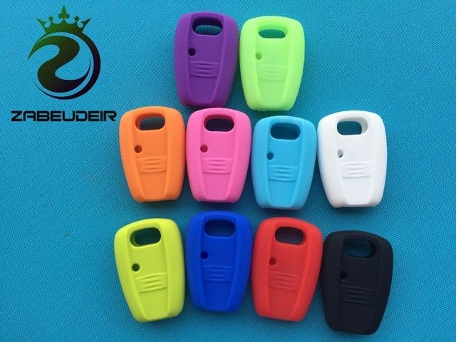 Silicone car key cover case for fiat 500 3 buttons flip remote key case TB