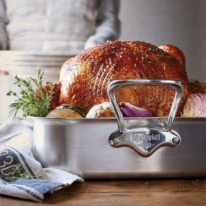 Mauviel M'collection de Cuisine Roasting Pan + Free Towel and Rack