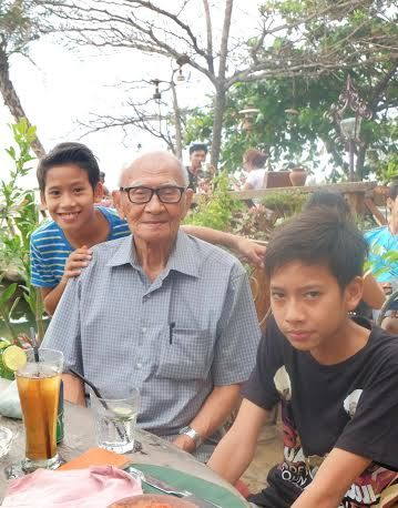 Memaknai Kedekatan Cucu dengan Kakek-Nenek - http://tokoh.co.id/memaknai-kedekatan-cucu-dengan-kakek-nenek/
